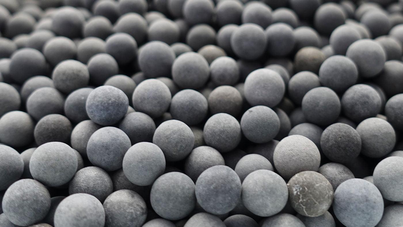 PRISMA Mineralsteine schwarz - PRISMA Mineralperlen Nachfüllset